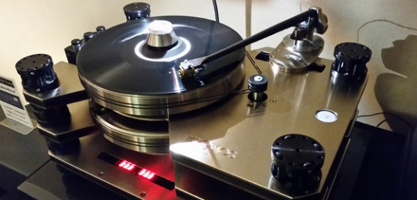 Kronos Limited Editon Pro Turntable