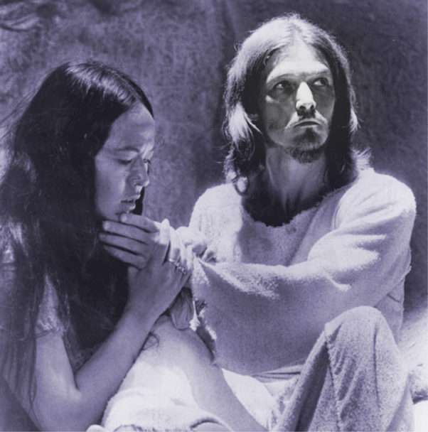 Yvonne Elliman and Ted Neeley in the 1973 film Jesus Christ Superstar. WIKIMEDIA COMMONS