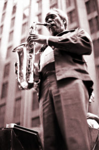 Sonny Stitt playing alto sax in New York, 1976. Photo: Wikimedia Commons/Tom Marcello Webster, New York, USA